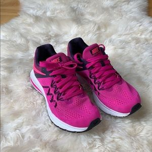 Nike Zoom Winflo 3, women's size 7